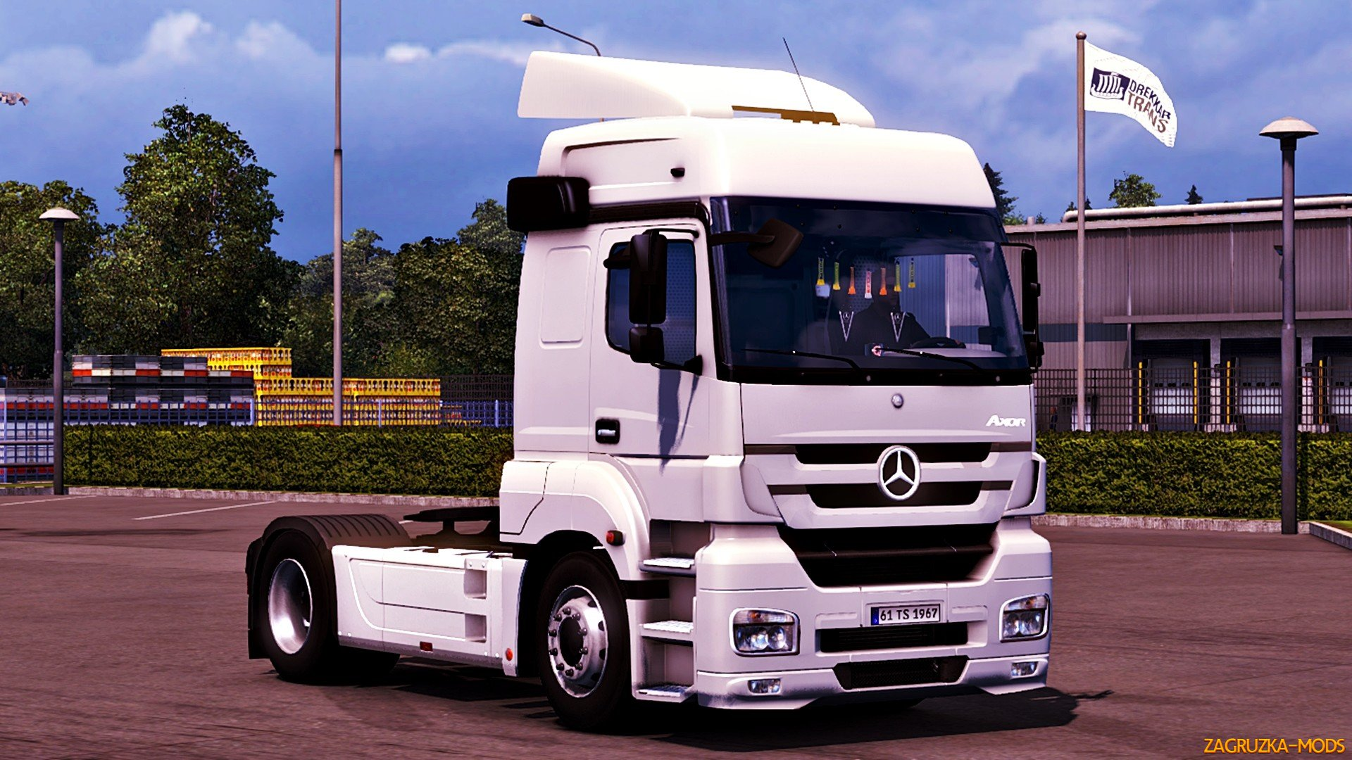 Mercedes Benz Axor MP3 Fix + Cabin Accessories v1.0 for ETS 2